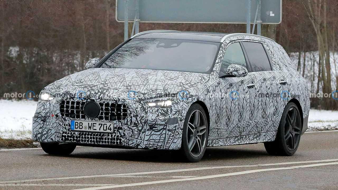 Шпионские фото нового универсала Mercedes-AMG C 53