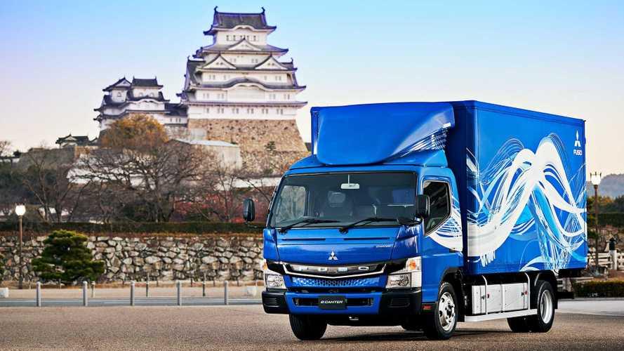 Mitsubishi Fuso Celebrates Delivery Of 200 eCanter Trucks