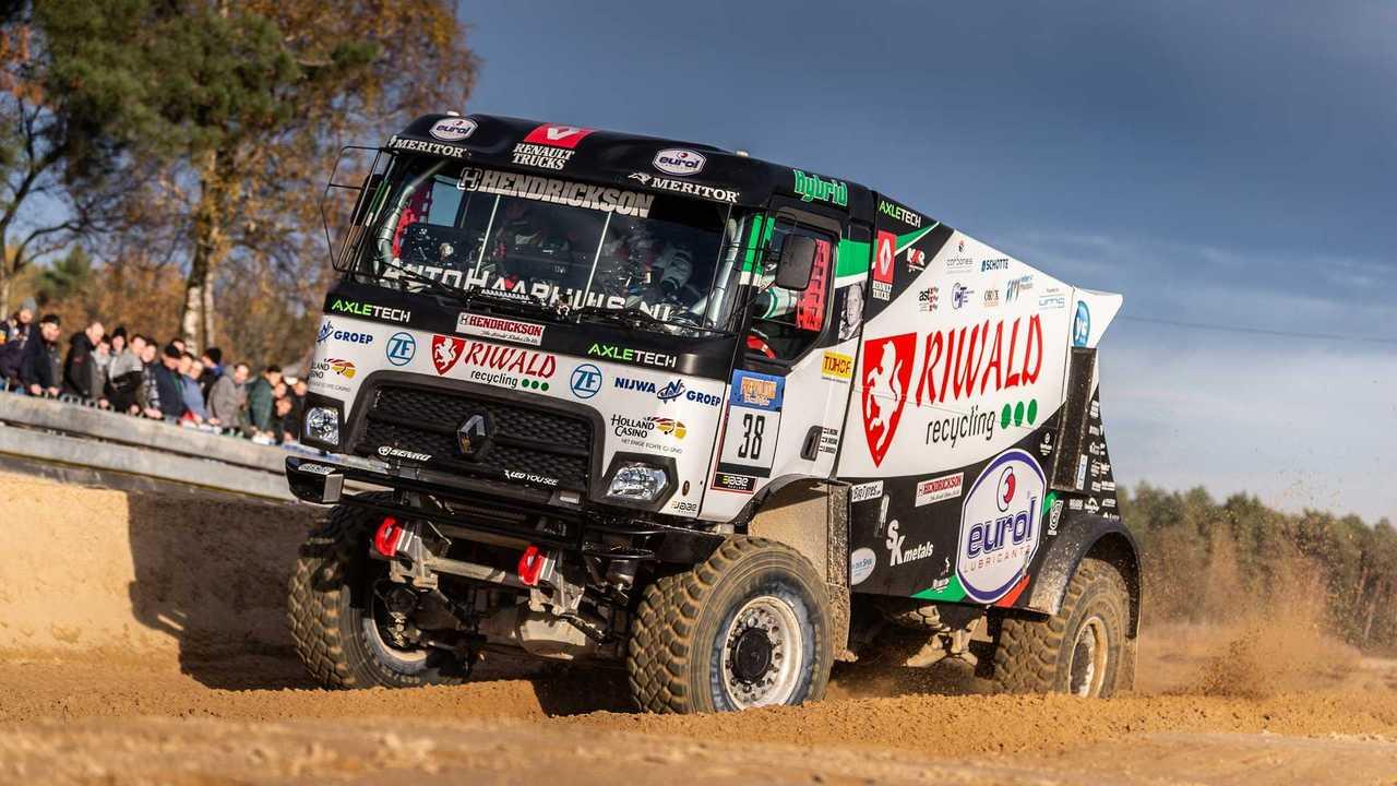 Hybrid-Truck des Riwald-Dakar-Teams