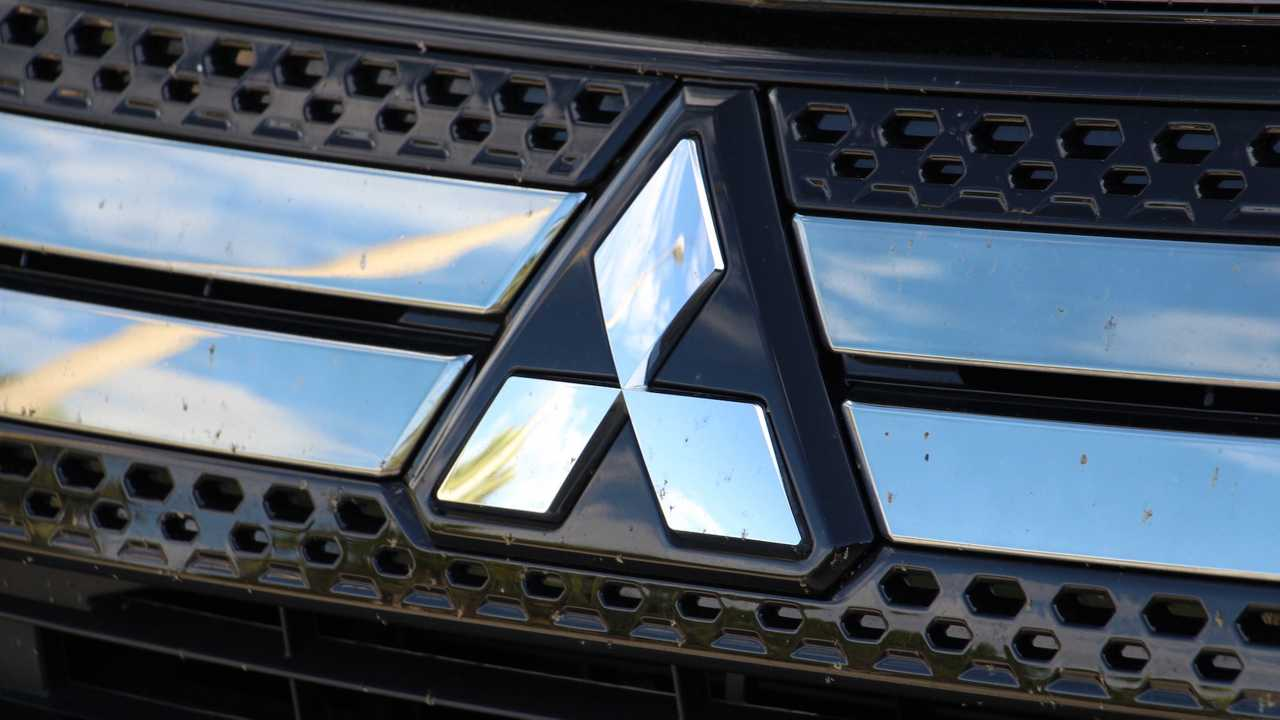 2019 Mitsubishi Outlander PHEV: Artılar ve Eksiler