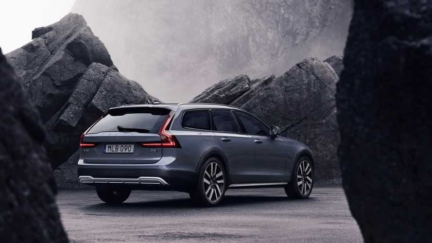 Volvo V90 Cross Country restyling (2020)