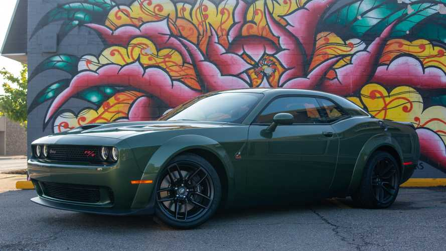 2019 Dodge Challenger Scat Pack Widebody: Review