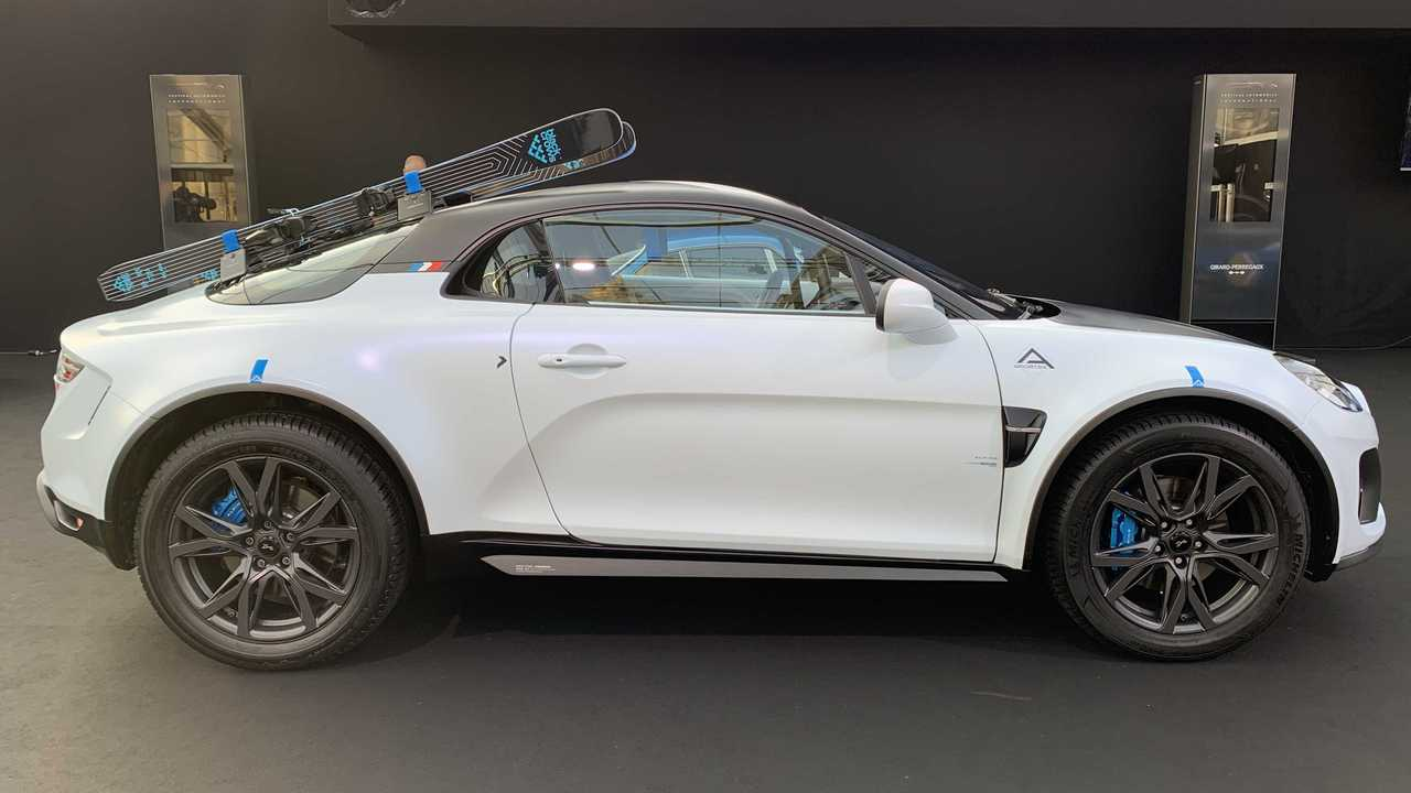 Alpine A110 SportsX Debuts: Mid-Engined Sports Car, SUV Traits