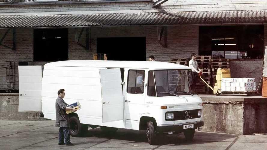 Mercedes-Benz L406 r L408