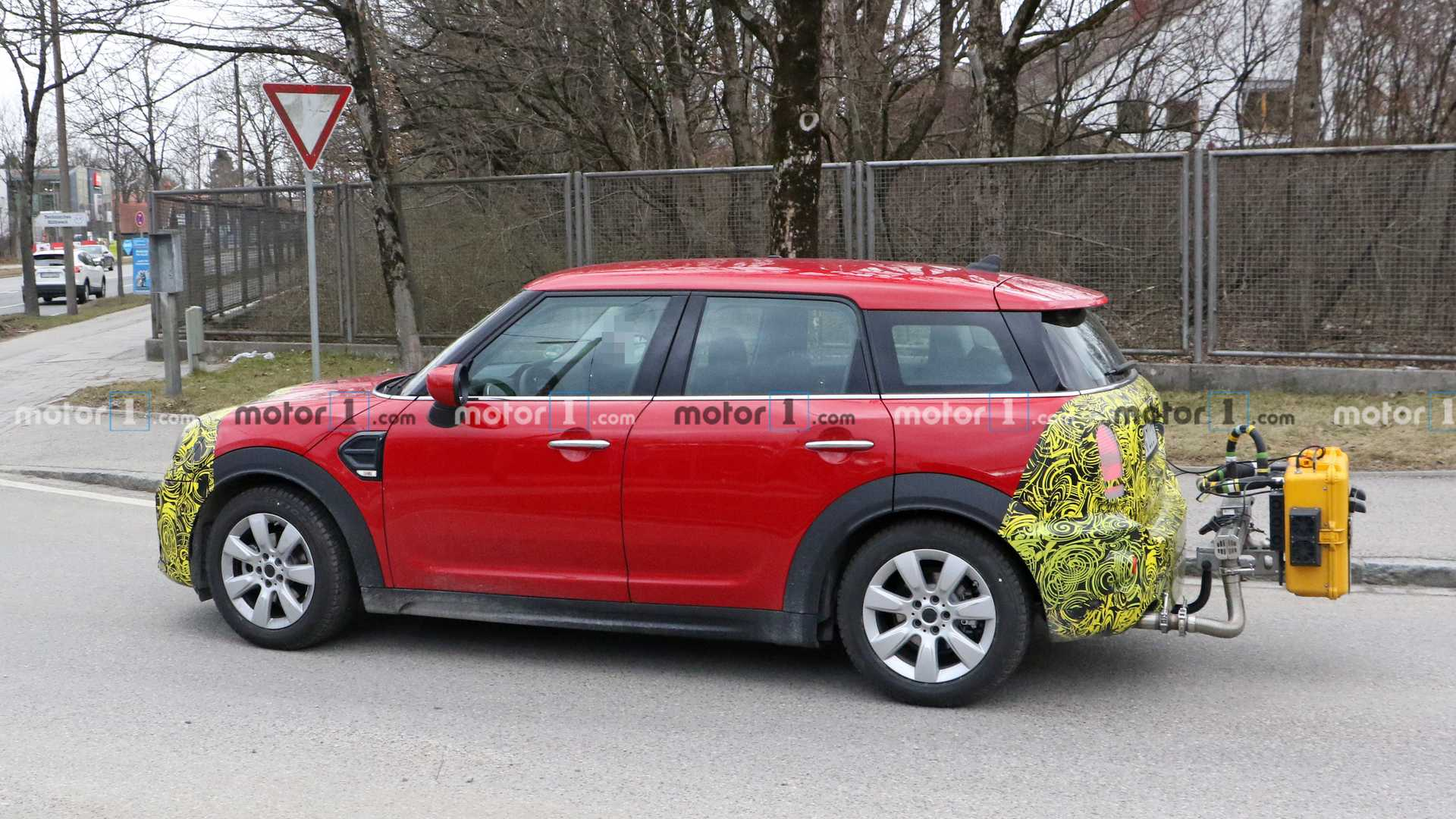 2021 mini countryman spied inside and out