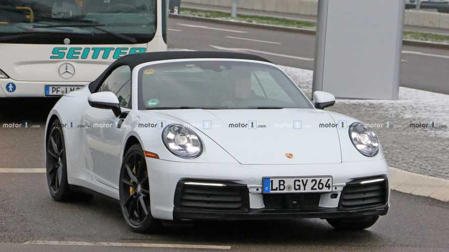 New Porsche 911 Cabrio spy photos