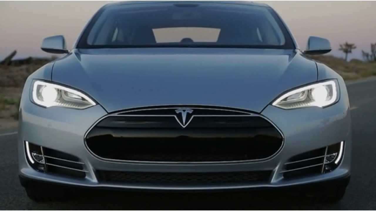 MT COTY 2013 Tesla Model S