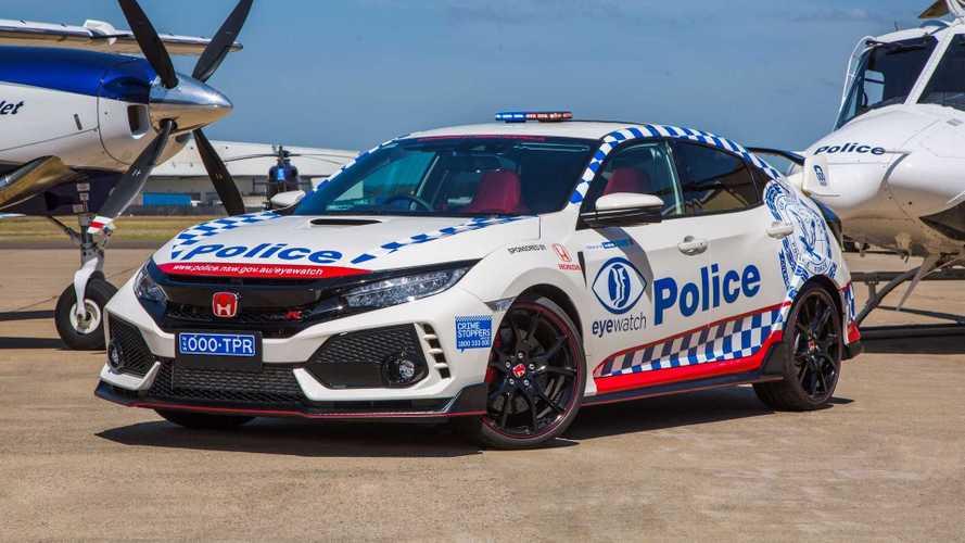 Este Honda Civic Type R de la policía no perseguirá delincuentes