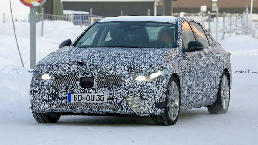 New Mercedes C-Class Saloon caught enduring frigid weather