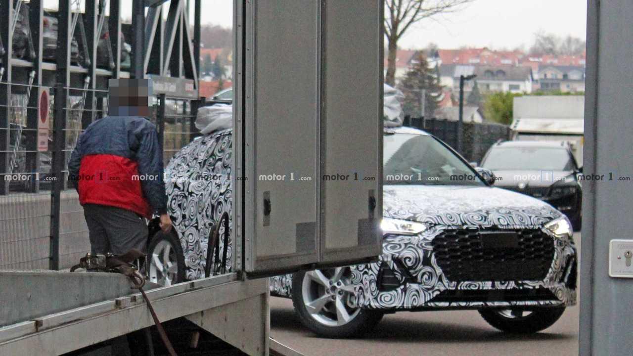 Audi Q4 2020 - Novo flagra