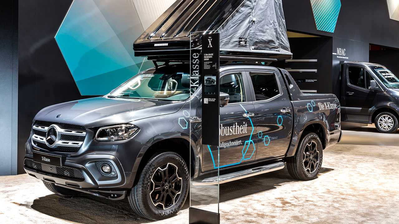 Mercedes X-Class with Movera Roof Tent