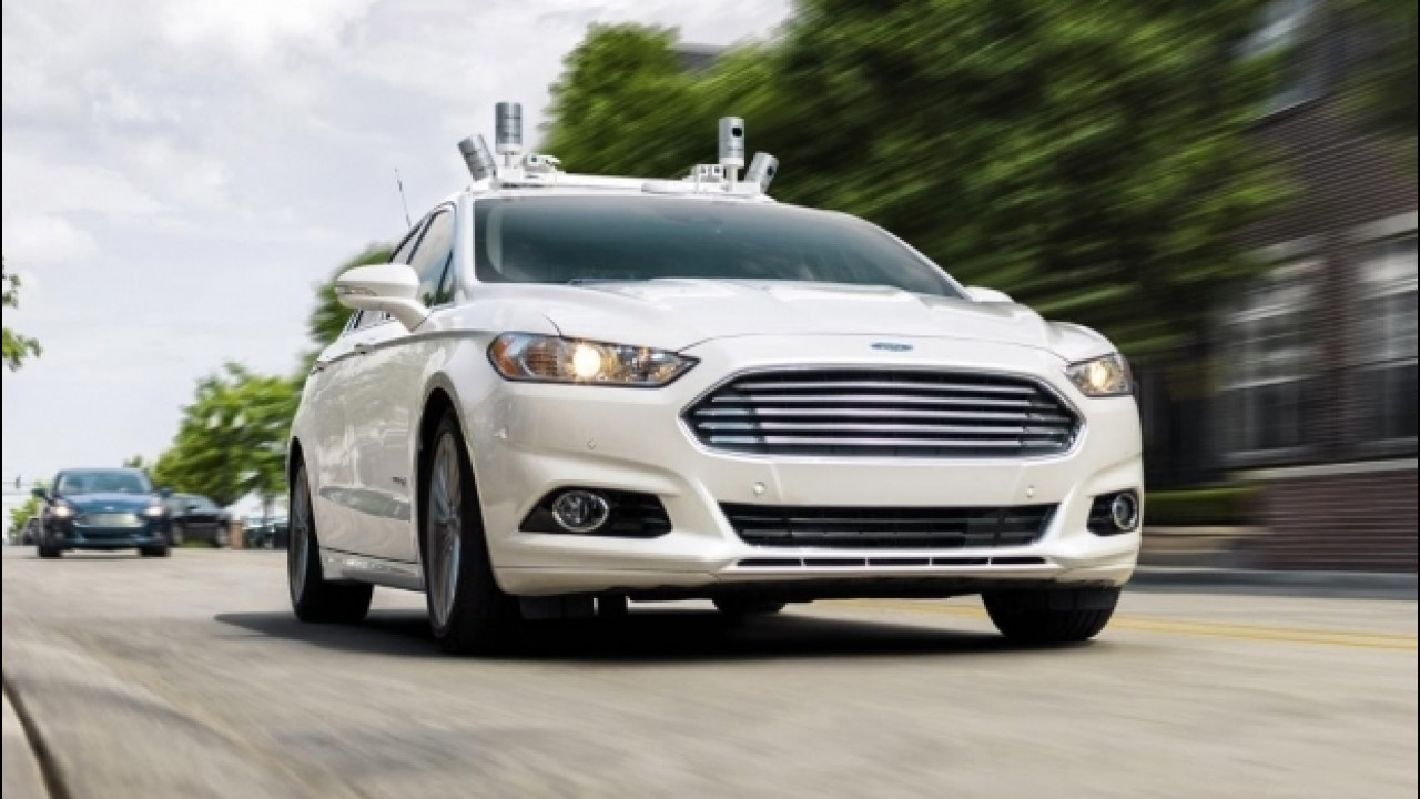 [Copertina] - Ford, entro il 2021 guida autonoma per i viaggi condivisi
