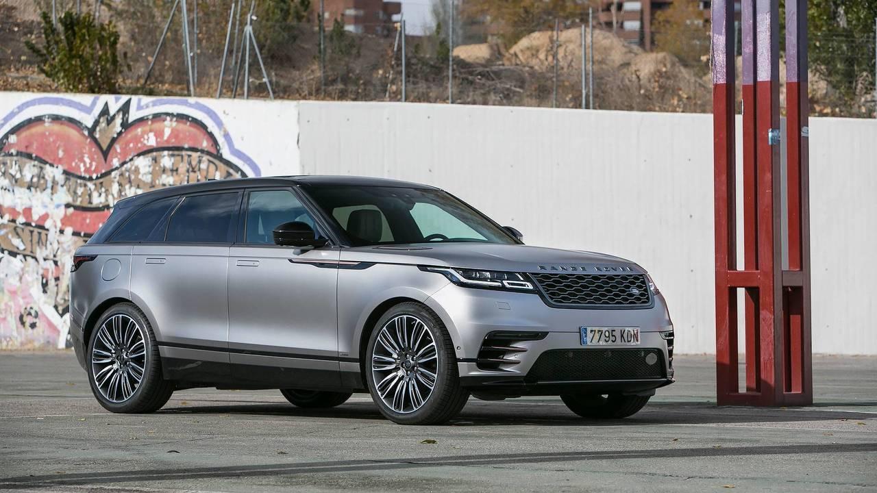 Range Rover Velar contra...