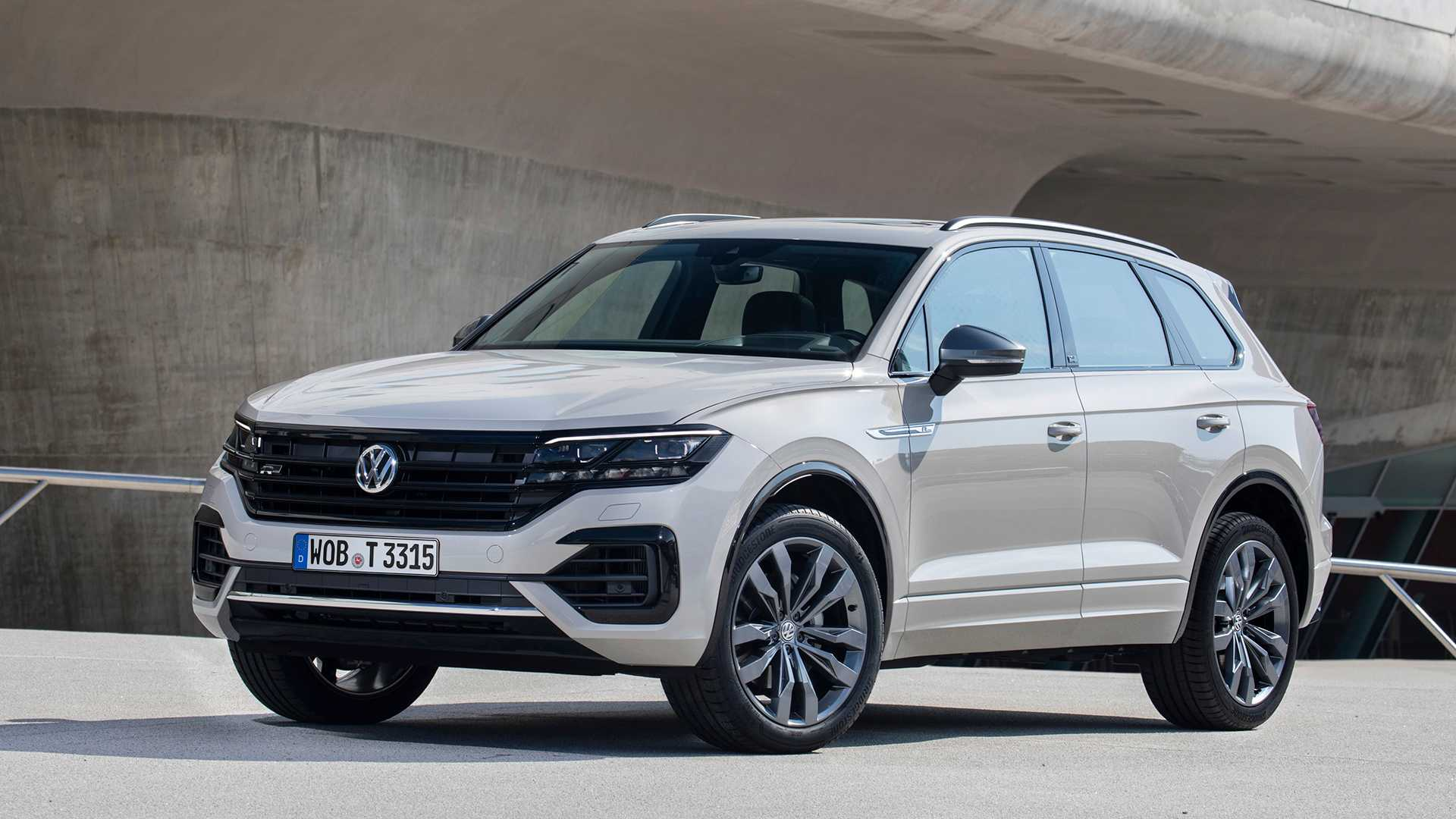 vw touareg r officially announced as plug in hybrid hot suv vw touareg r officially announced as
