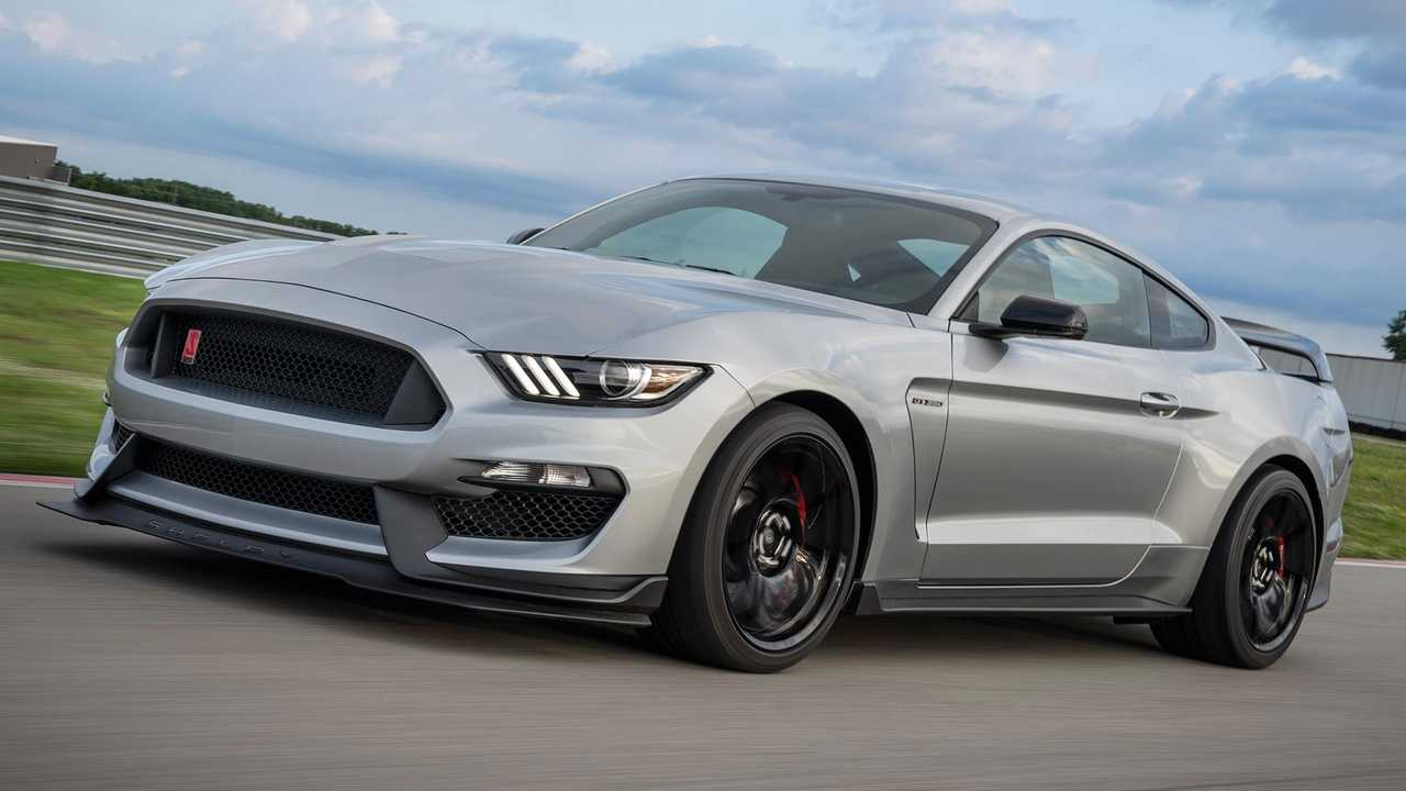ford mustang shelby gtr debuts  gt parts  colors