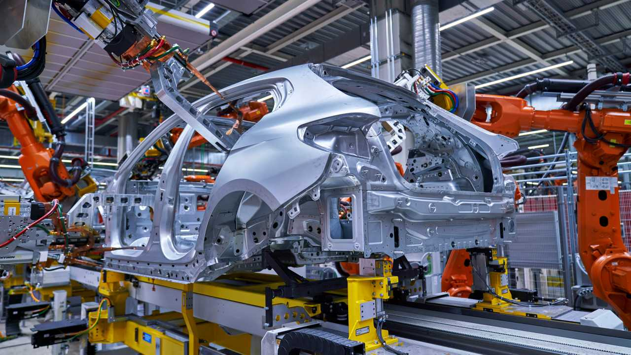 2020 Bmw 1 Series Production At Leipzig Factory 4208159