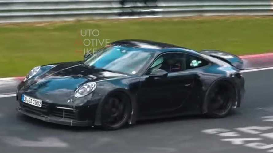 Porsche 911 GT3 Touring package spied showing its performance