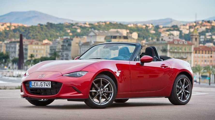 Hibrid-hajtást kaphat a Mazda MX-5 következő-generációs változata