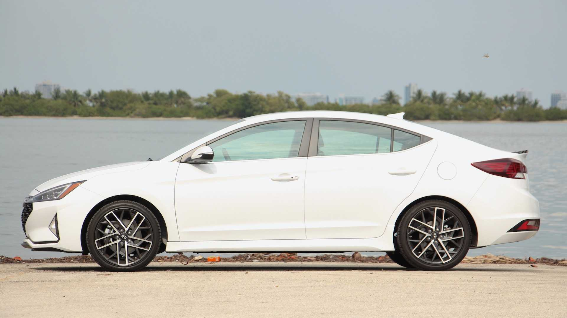 2019 Hyundai Elantra Sport Review: It Has A Great Personality