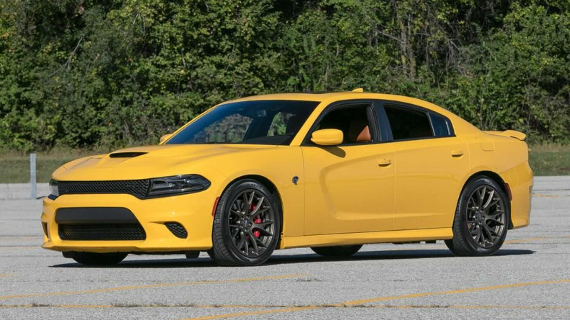 """[""""Shred All The Tires In A 2017 Dodge Charger Hellcat""""]"""