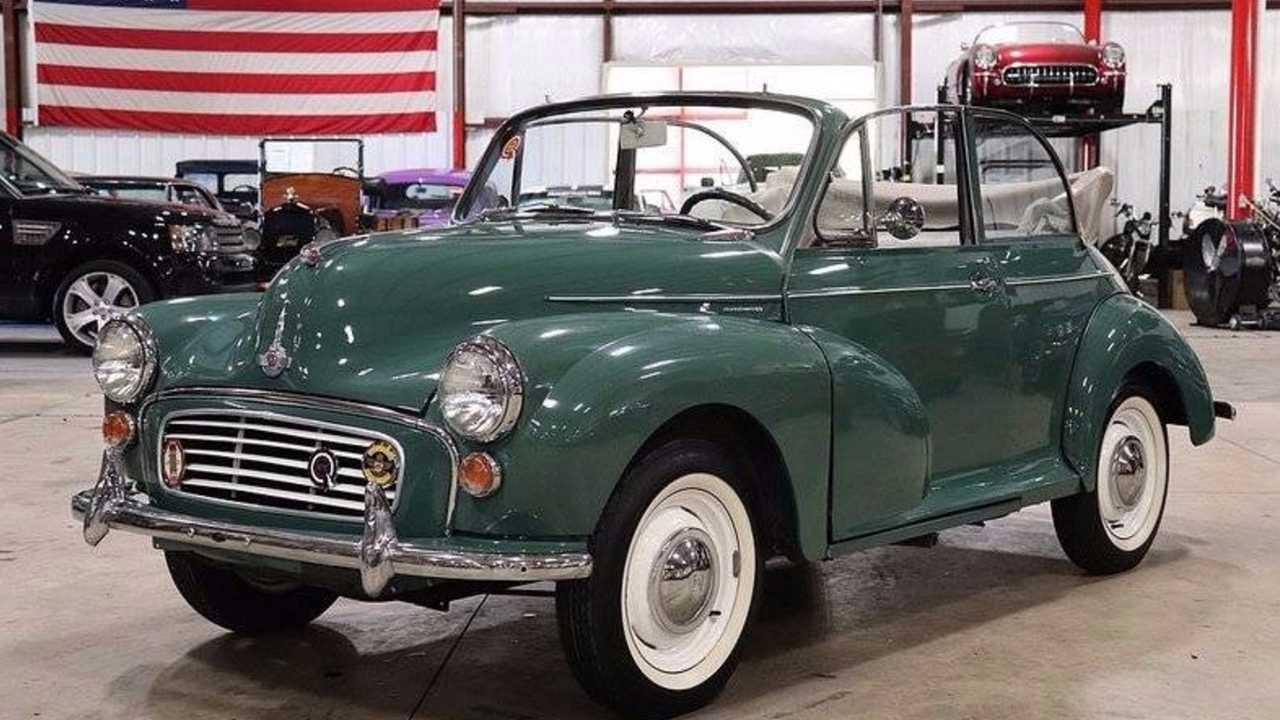 Retro British Car Icon Fridge Magnet Mini Cooper Old Style