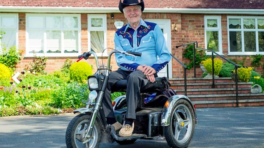 Check Out This Pensioner's Sweet Custom Mobility Scooter