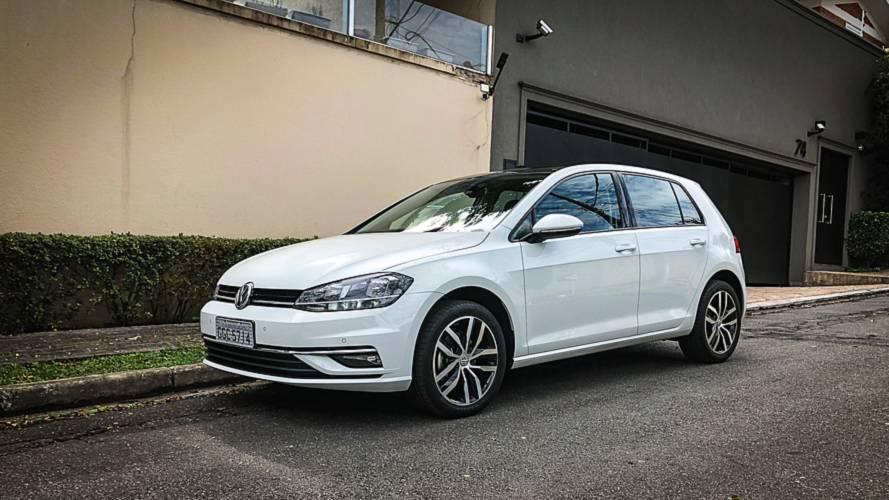 Hatches médios em setembro: Volkswagen Golf é único a crescer