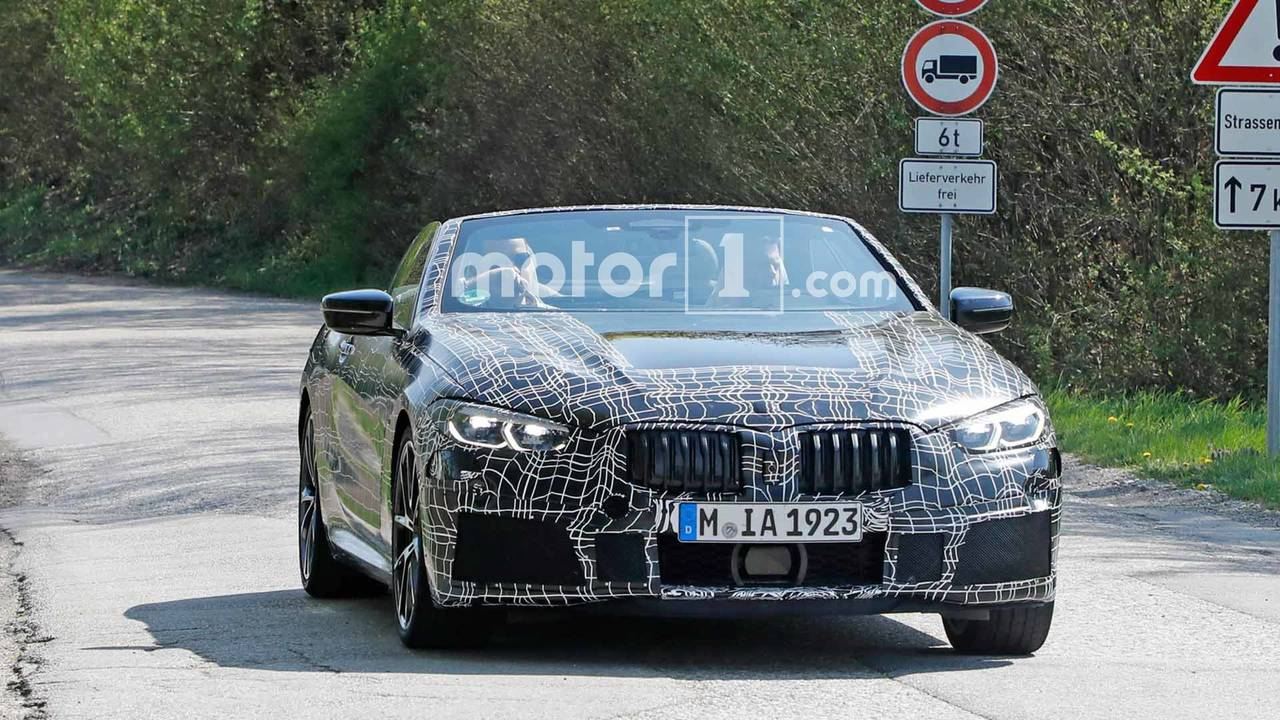 BMW 8 Serisi Convertible casus fotoğraf
