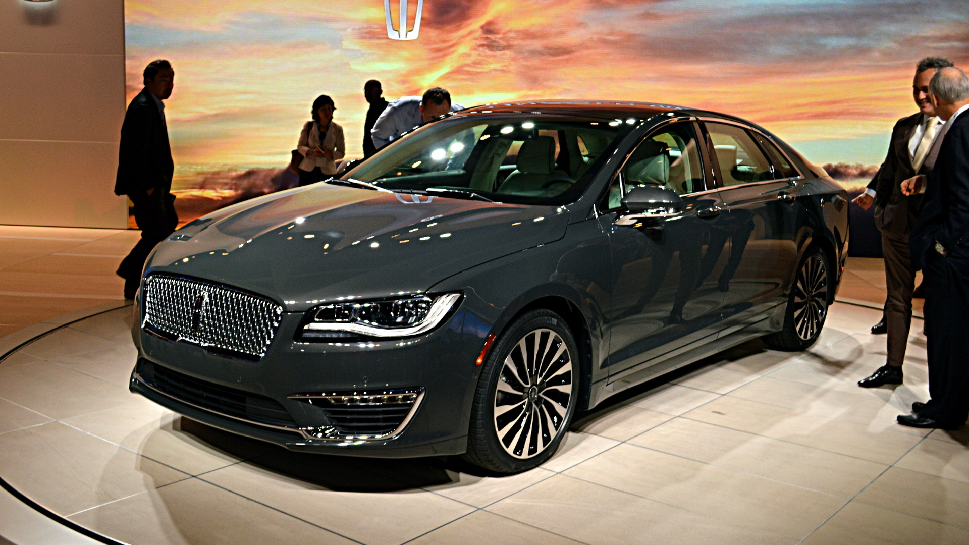 2017 Lincoln Mkz Facelift Unveiled With