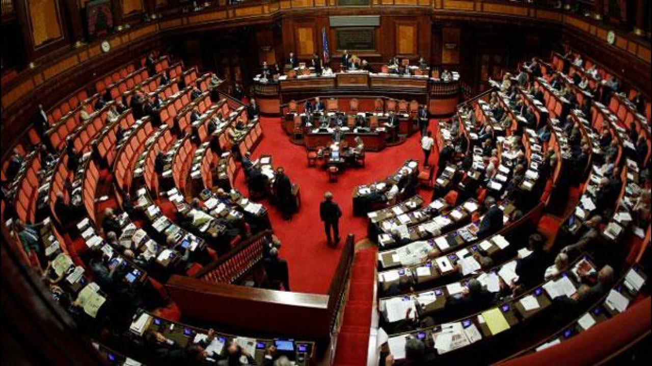 [Copertina] - Codice della Strada, la riforma è al palo in Senato