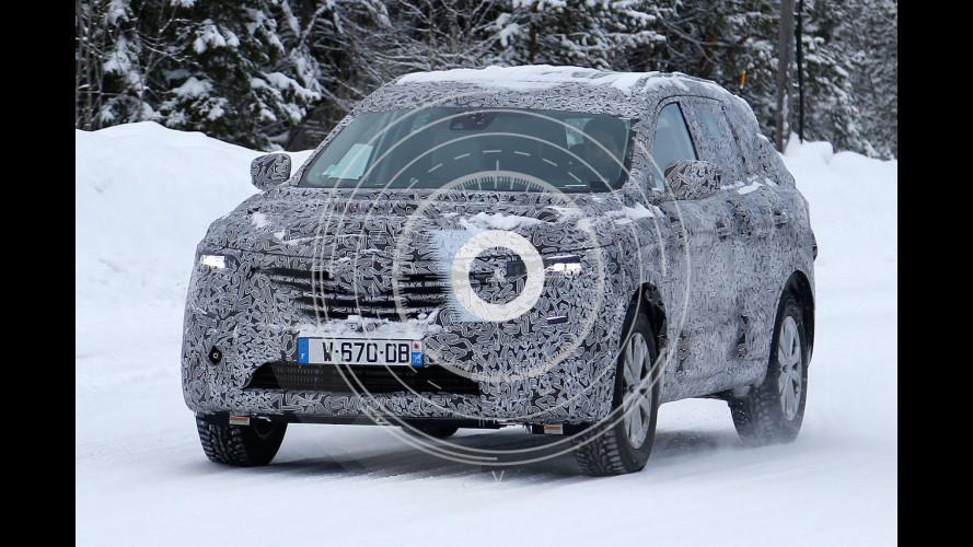 Renault Maxthon, il successore della Koleos spiato durante i test