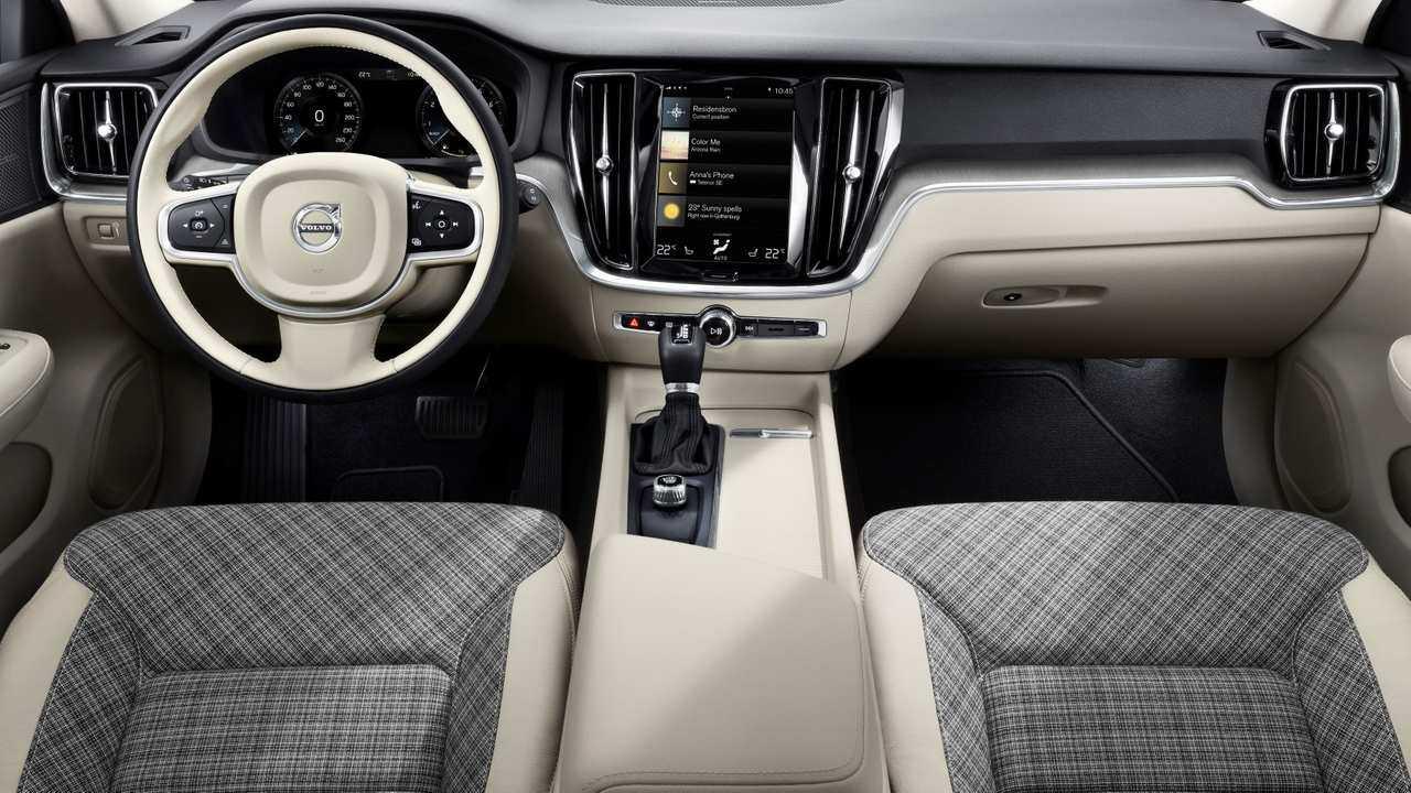 2019 Volvo V60: First Drive