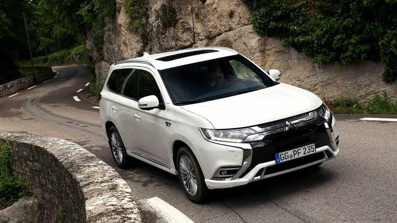 Mitsubishi Outlander PHEV 2019 Test