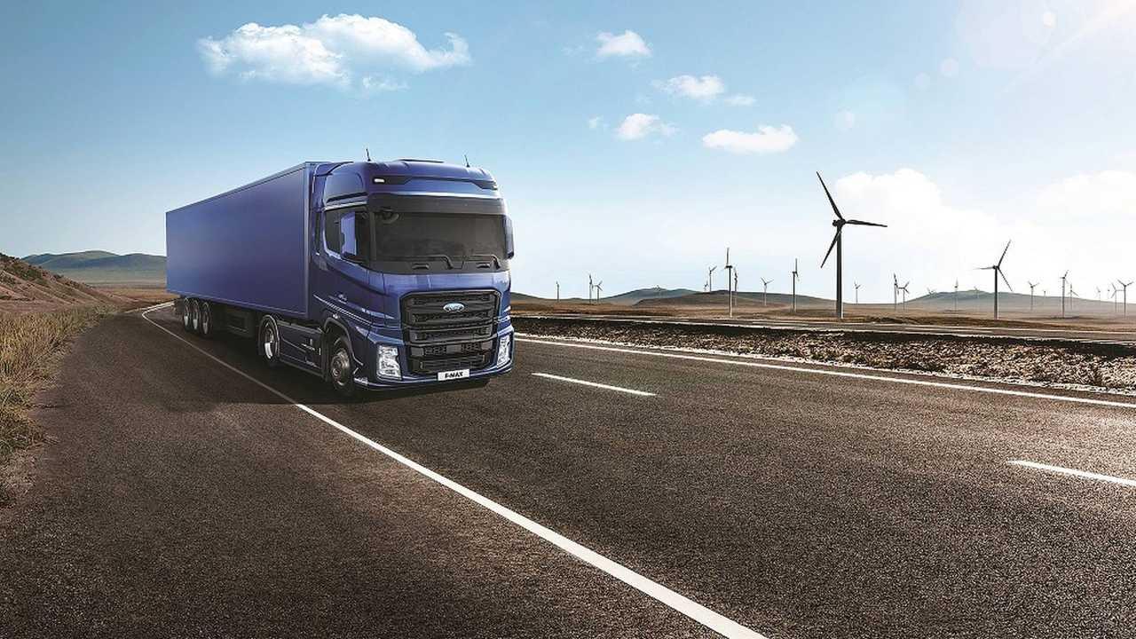 Ford Trucks'ın Yeni Çekicisi F-MAX Hannover'da Ödül Aldı