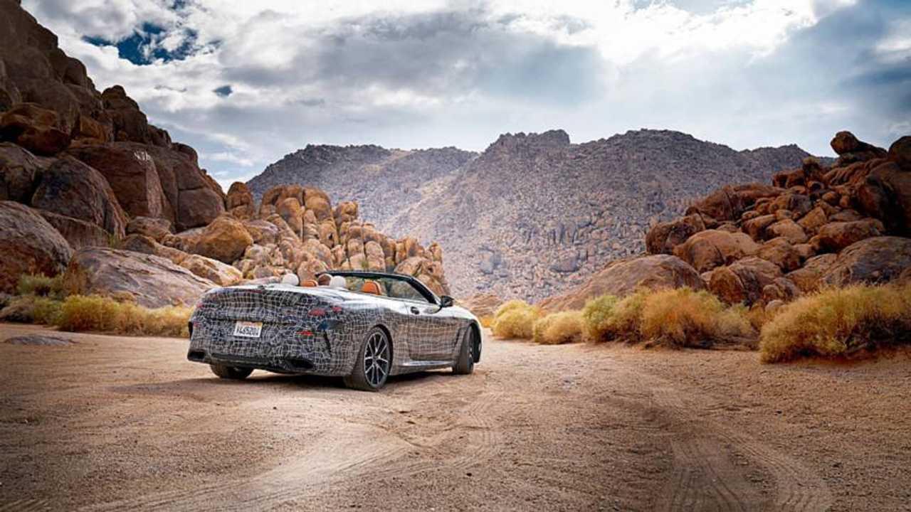 BMW 8 Serisi Convertible Çöl Testleri
