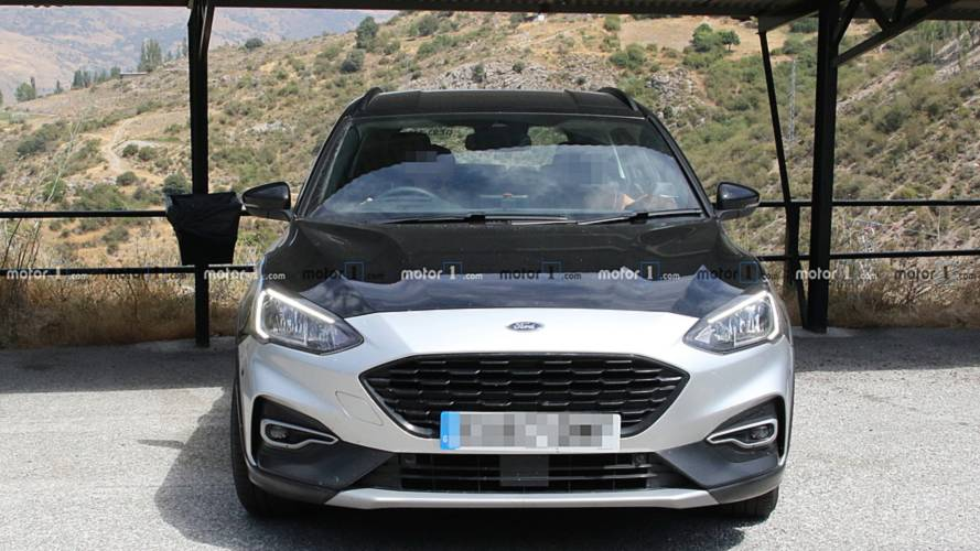 2019 Ford Focus Active Wagon spy photos