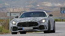 Mercedes-AMG GT R with new exhaust spy photos