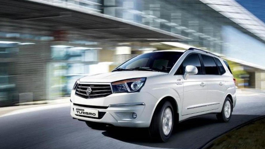 2014 SsangYong Korando Turismo aka new Rodius officially revealed [video]