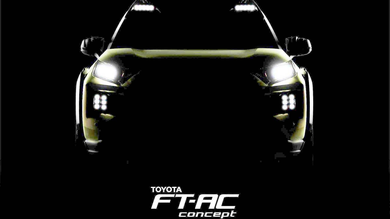 Toyota FT-AC aydınlatılmış