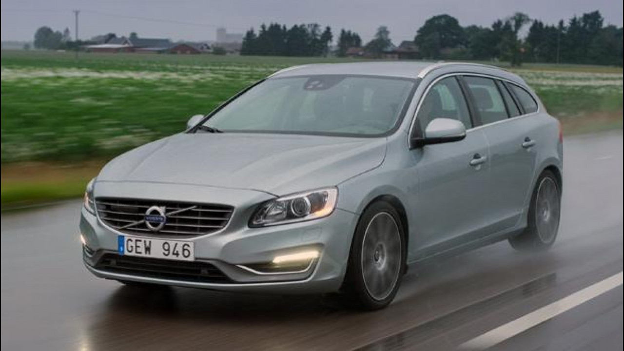 [Copertina] - Volvo V60: motori nuovi, vita nuova
