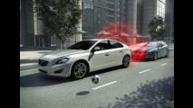 Nuova Volvo V40, la prima con airbag pedoni