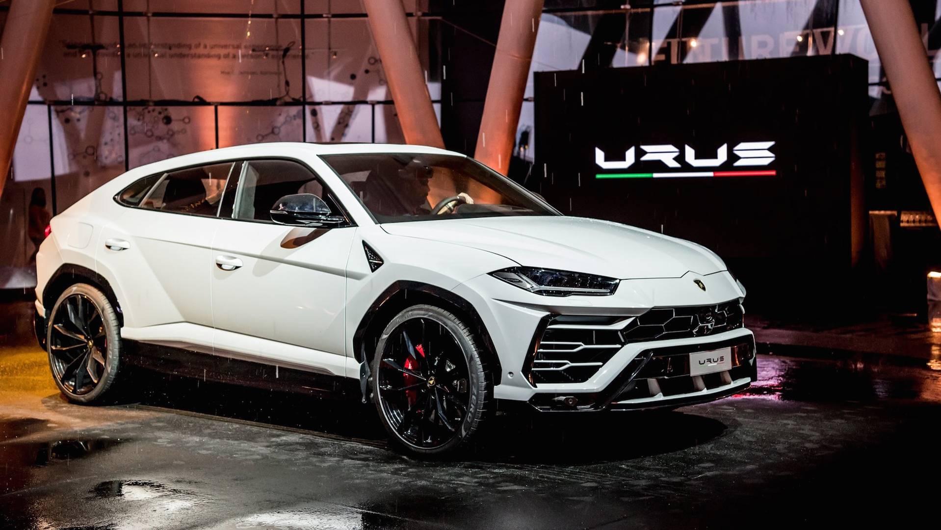 Urus Lamborghini >> Lamborghini Shows New Urus In The Sheet Metal In Singapore