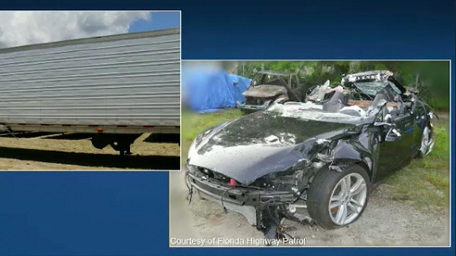 Incidente Tesla, per gli investigatori la colpa è (anche) di guidatore e Model S