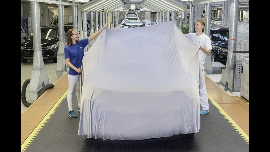 Volkswagen faz mistério e cobre dianteira do novo Tiguan 2017 em teaser