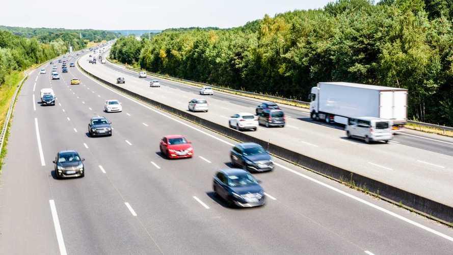 100 km/órára csökken a megengedett legnagyobb sebesség a holland autópályákon
