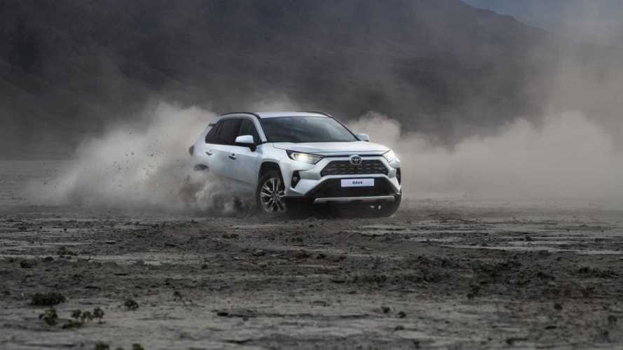 Владельцам Toyota RAV4 разрешат выбирать уровень безопасности