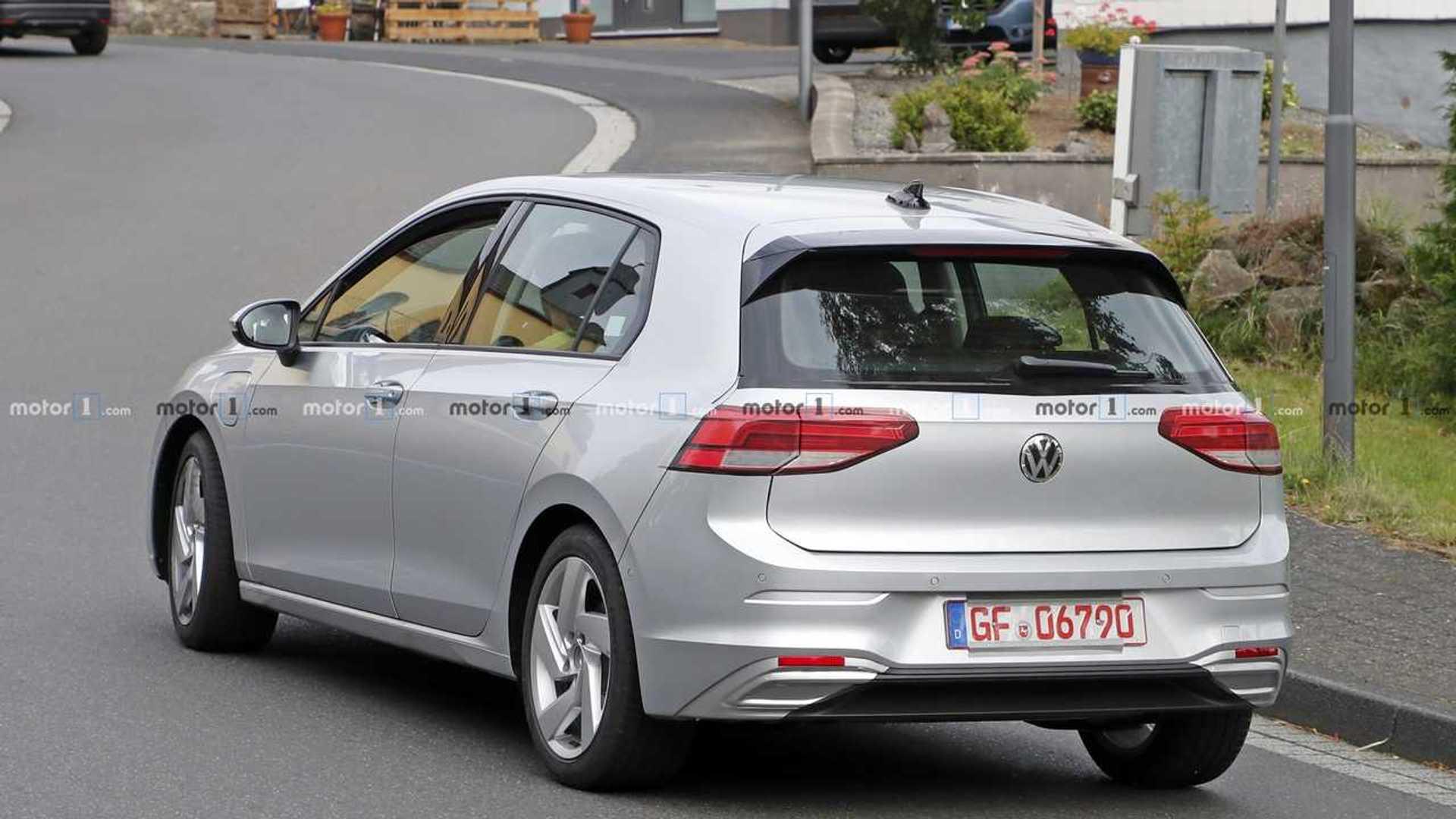 2020 - [Volkswagen] Golf VIII - Page 32 2021-vw-golf-gte-spy-photo