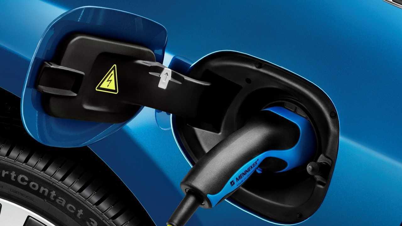 Auto elettriche, vendite raddoppiate in Europa nel terzo trimestre
