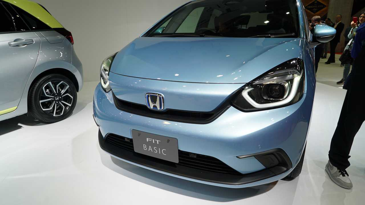 2020 Honda Fit Debuts With Five Trim Levels New Hybrid System