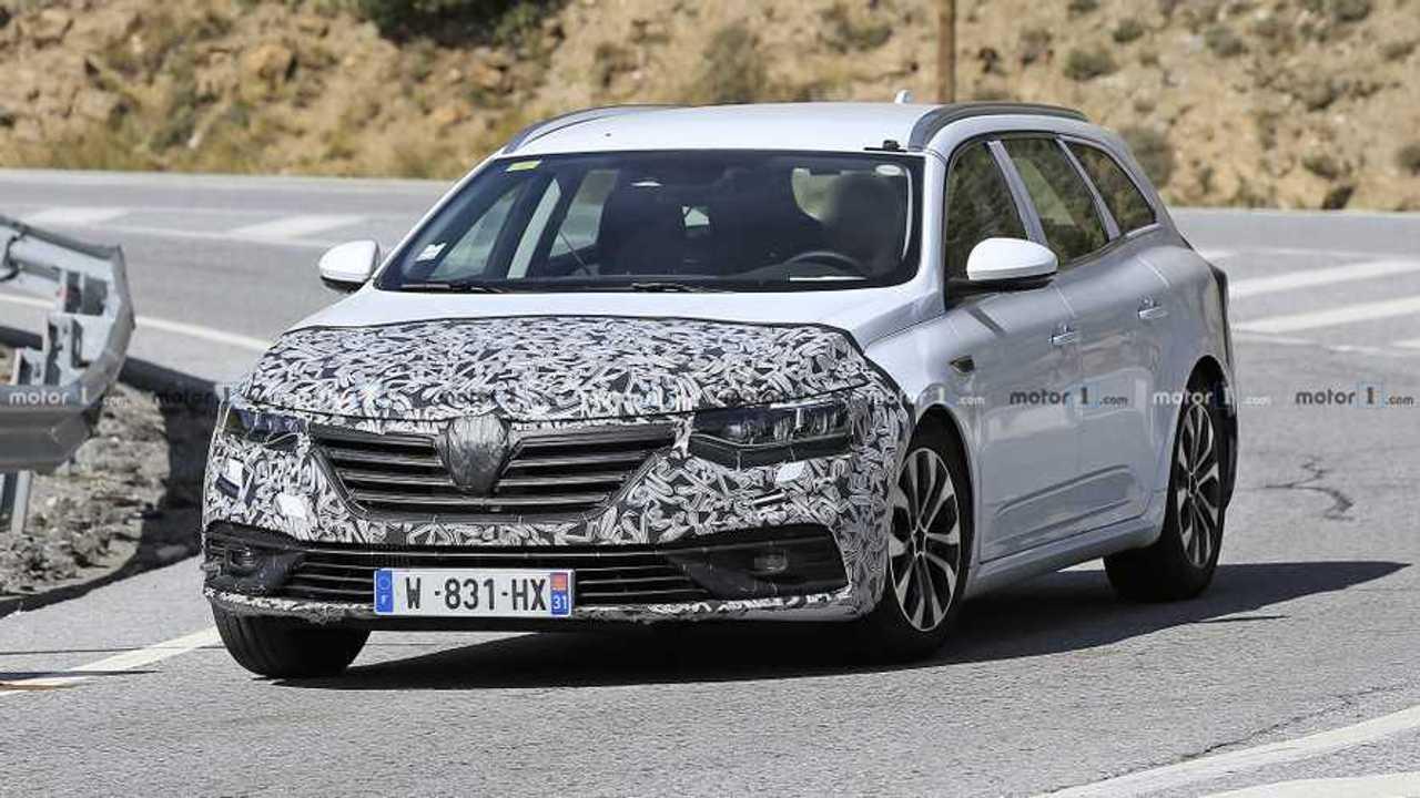 Renault Talisman wagon facelift spy photo